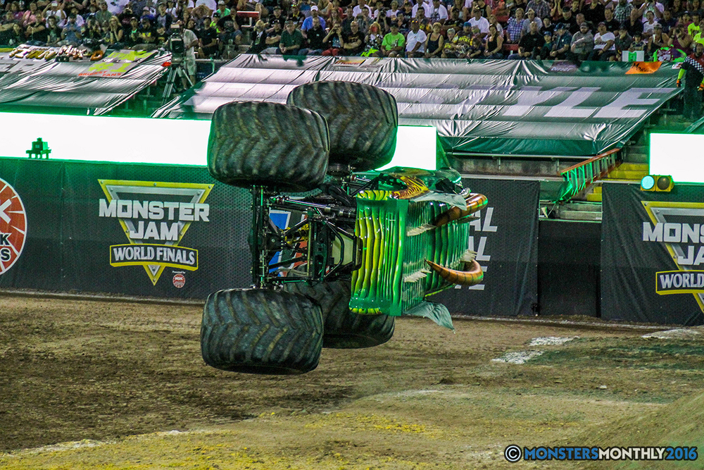 15-monster-jam-world-finals-17-march-2016-sam-boyd-stadium-las-vegas-monster-truck-racing-freestyle-gravedigger-maxd-monster-mutt-titan.jpg