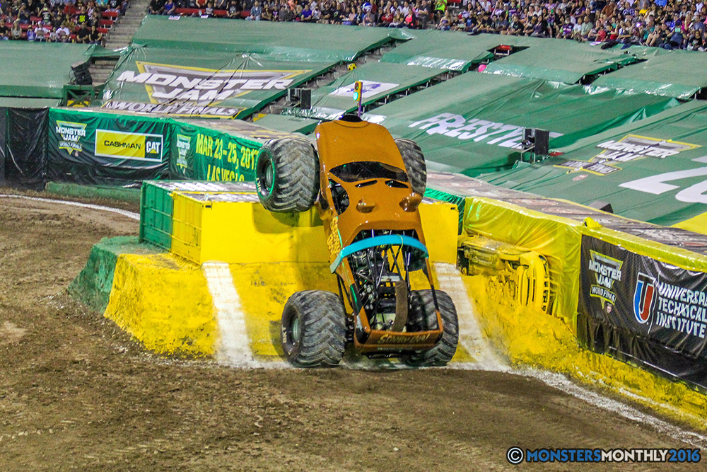 20-monster-jam-world-finals-17-march-2016-sam-boyd-stadium-las-vegas-monster-truck-racing-freestyle-gravedigger-maxd-monster-mutt-titan.jpg
