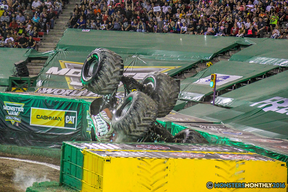 33-monster-jam-world-finals-17-march-2016-sam-boyd-stadium-las-vegas-monster-truck-racing-freestyle-gravedigger-maxd-monster-mutt-titan.jpg