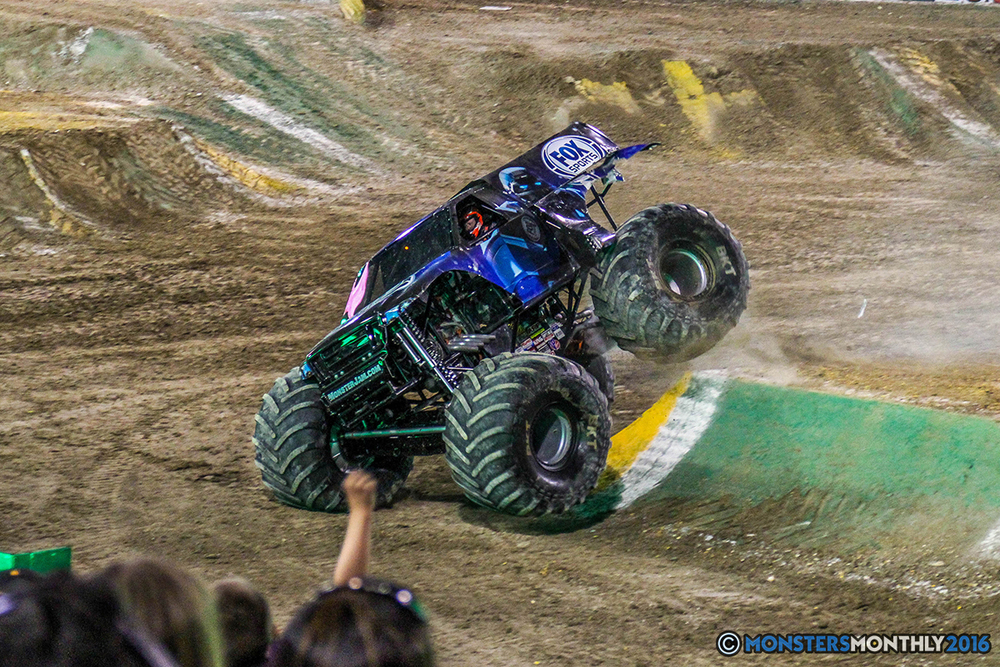 48-monster-jam-world-finals-17-march-2016-sam-boyd-stadium-las-vegas-monster-truck-racing-freestyle-gravedigger-maxd-monster-mutt-titan.jpg