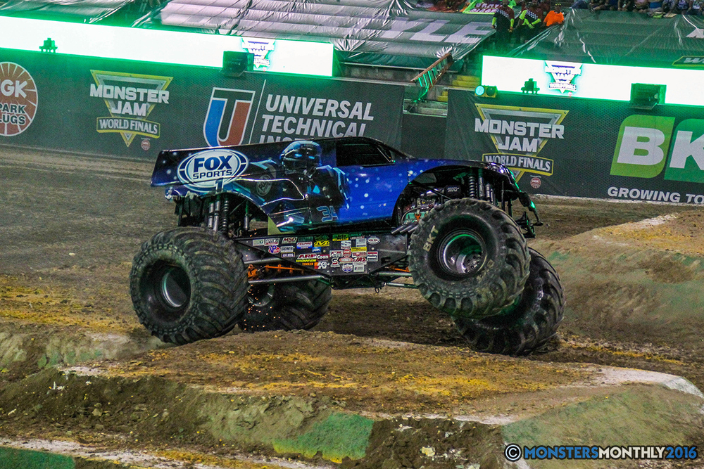 49-monster-jam-world-finals-17-march-2016-sam-boyd-stadium-las-vegas-monster-truck-racing-freestyle-gravedigger-maxd-monster-mutt-titan.jpg