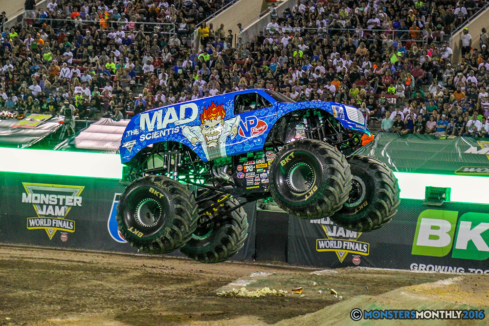 50-monster-jam-world-finals-17-march-2016-sam-boyd-stadium-las-vegas-monster-truck-racing-freestyle-gravedigger-maxd-monster-mutt-titan.jpg