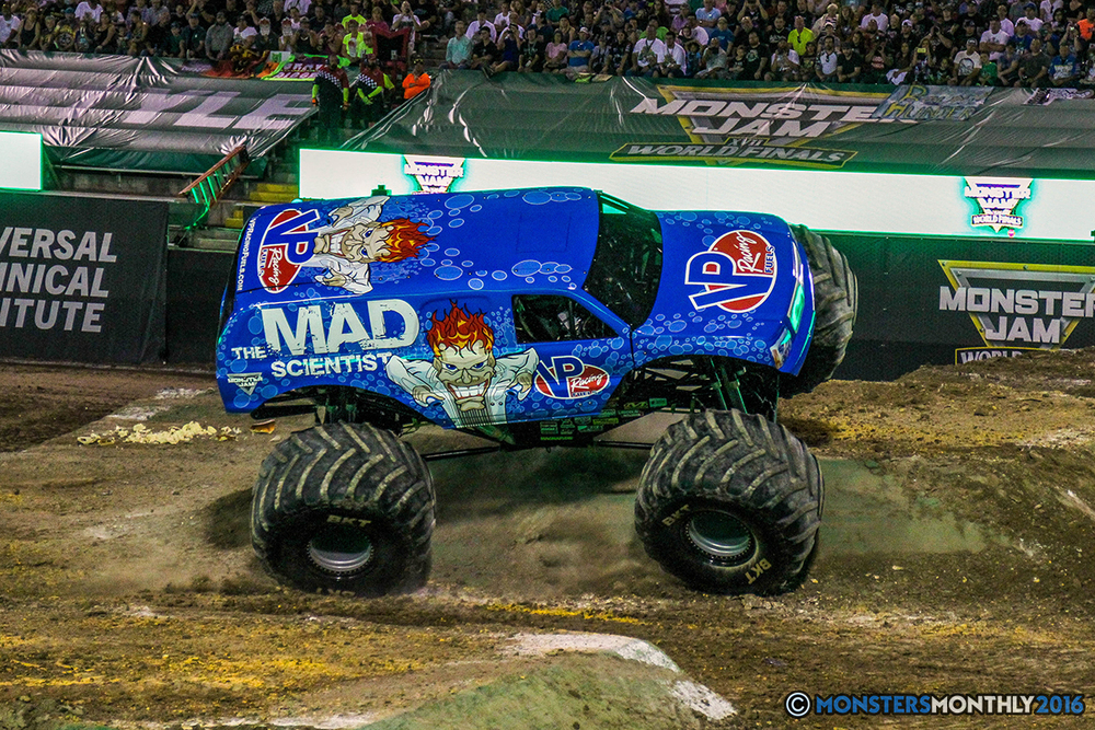 51-monster-jam-world-finals-17-march-2016-sam-boyd-stadium-las-vegas-monster-truck-racing-freestyle-gravedigger-maxd-monster-mutt-titan.jpg