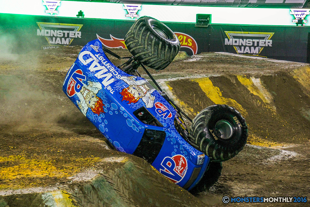 57-monster-jam-world-finals-17-march-2016-sam-boyd-stadium-las-vegas-monster-truck-racing-freestyle-gravedigger-maxd-monster-mutt-titan.jpg