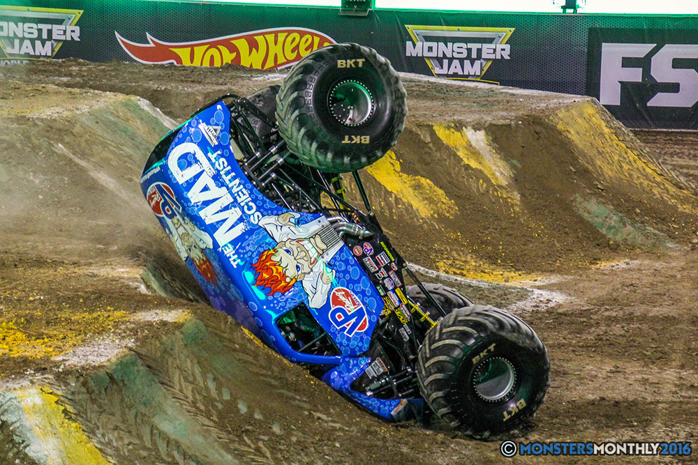 58-monster-jam-world-finals-17-march-2016-sam-boyd-stadium-las-vegas-monster-truck-racing-freestyle-gravedigger-maxd-monster-mutt-titan.jpg