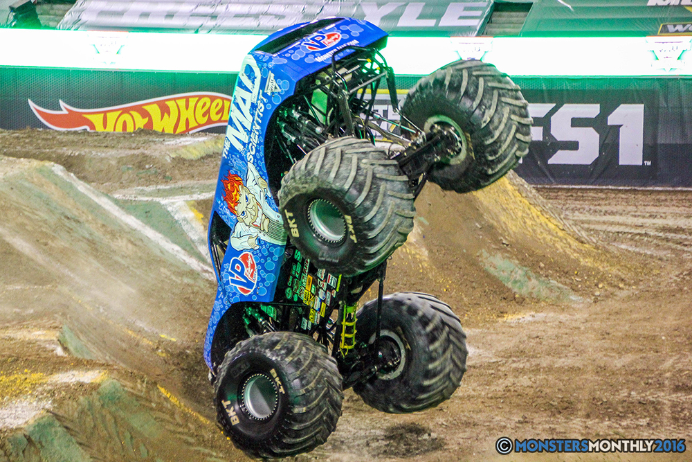 61-monster-jam-world-finals-17-march-2016-sam-boyd-stadium-las-vegas-monster-truck-racing-freestyle-gravedigger-maxd-monster-mutt-titan.jpg