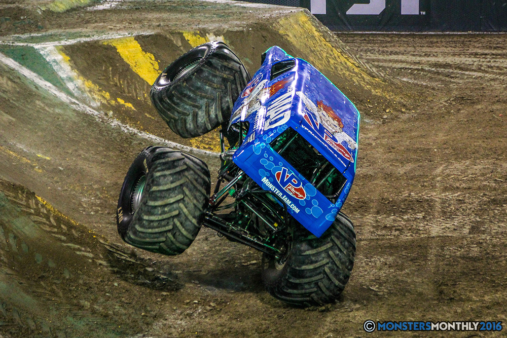 65-monster-jam-world-finals-17-march-2016-sam-boyd-stadium-las-vegas-monster-truck-racing-freestyle-gravedigger-maxd-monster-mutt-titan.jpg