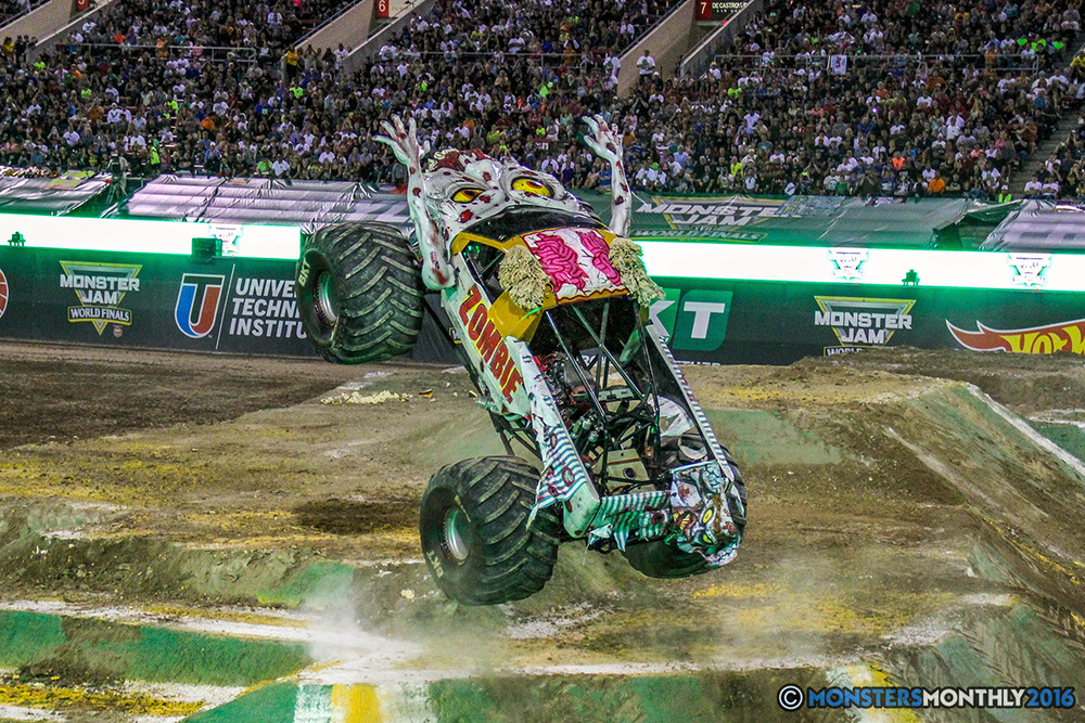 72-monster-jam-world-finals-17-march-2016-sam-boyd-stadium-las-vegas-monster-truck-racing-freestyle-gravedigger-maxd-monster-mutt-titan.jpg