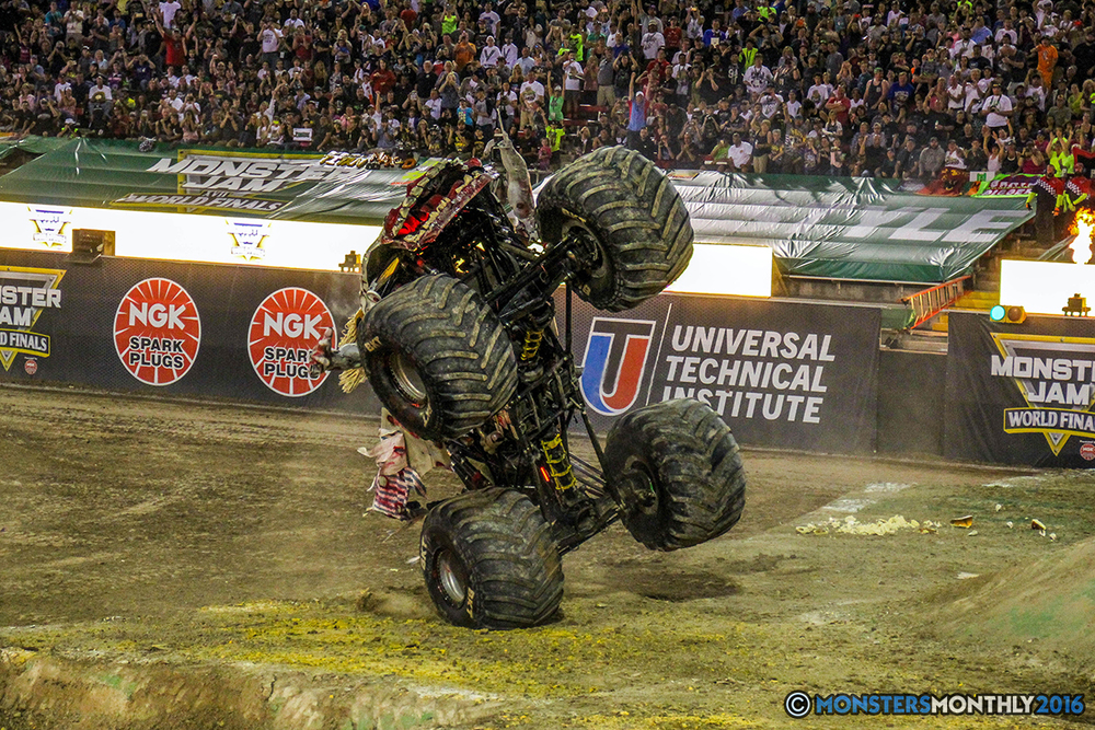 77-monster-jam-world-finals-17-march-2016-sam-boyd-stadium-las-vegas-monster-truck-racing-freestyle-gravedigger-maxd-monster-mutt-titan.jpg
