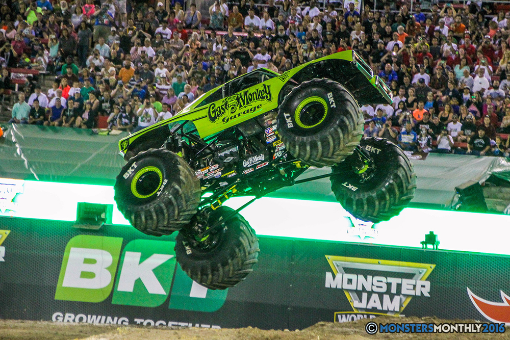 97-monster-jam-world-finals-17-march-2016-sam-boyd-stadium-las-vegas-monster-truck-racing-freestyle-gravedigger-maxd-monster-mutt-titan.jpg