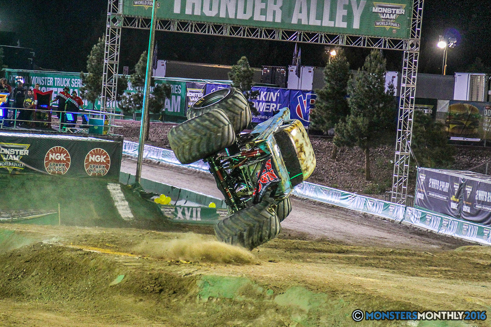 103-monster-jam-world-finals-17-march-2016-sam-boyd-stadium-las-vegas-monster-truck-racing-freestyle-gravedigger-maxd-monster-mutt-titan.jpg