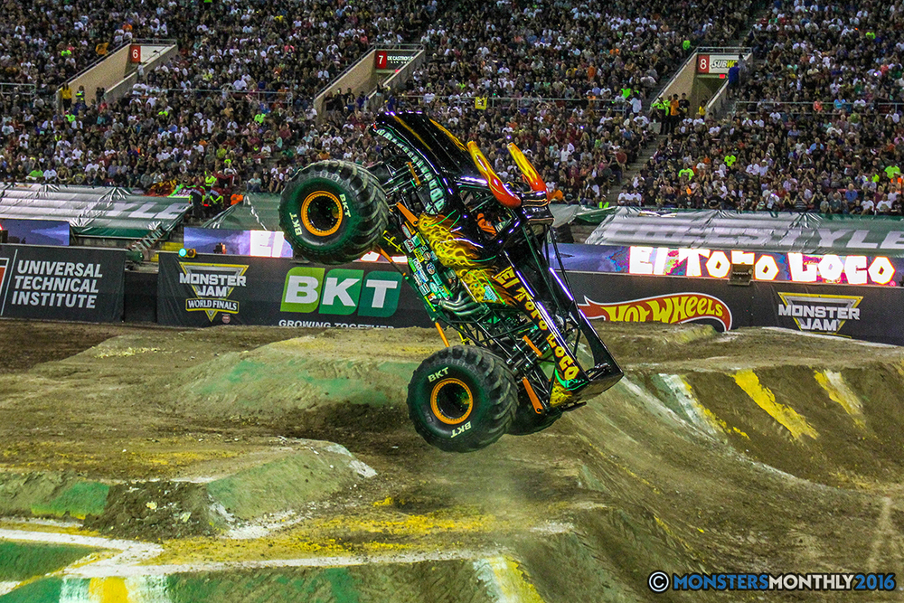 106-monster-jam-world-finals-17-march-2016-sam-boyd-stadium-las-vegas-monster-truck-racing-freestyle-gravedigger-maxd-monster-mutt-titan.jpg