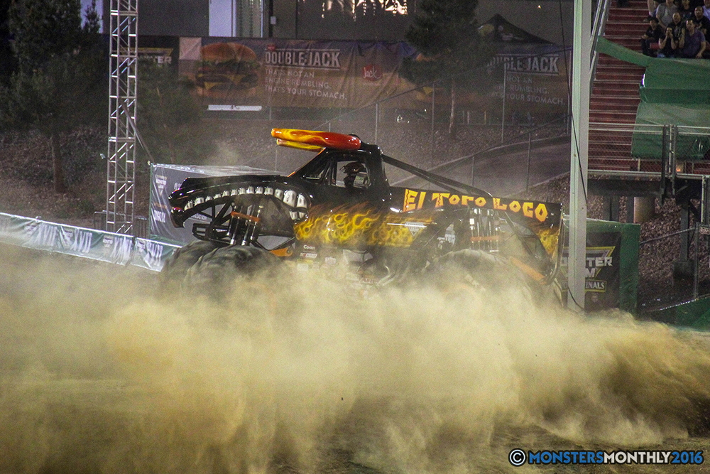108-monster-jam-world-finals-17-march-2016-sam-boyd-stadium-las-vegas-monster-truck-racing-freestyle-gravedigger-maxd-monster-mutt-titan.jpg