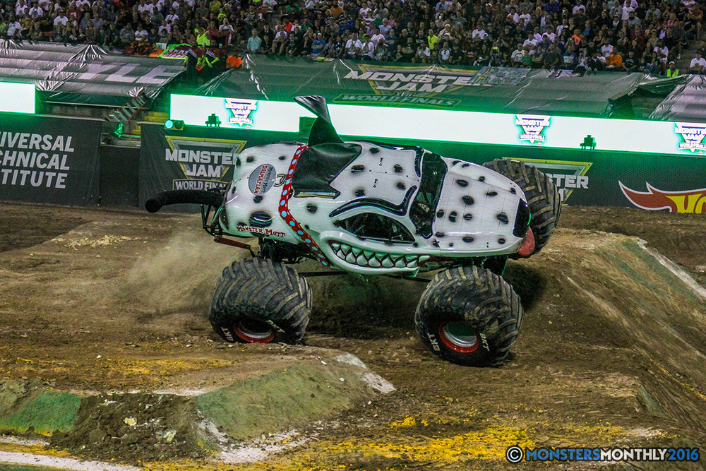110-monster-jam-world-finals-17-march-2016-sam-boyd-stadium-las-vegas-monster-truck-racing-freestyle-gravedigger-maxd-monster-mutt-titan.jpg