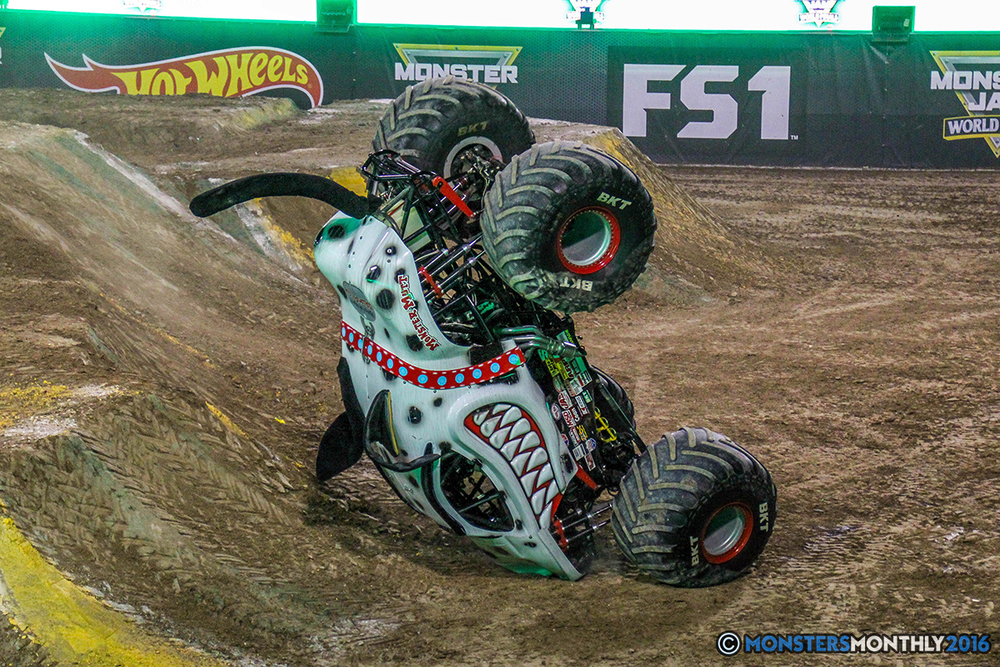 116-monster-jam-world-finals-17-march-2016-sam-boyd-stadium-las-vegas-monster-truck-racing-freestyle-gravedigger-maxd-monster-mutt-titan.jpg