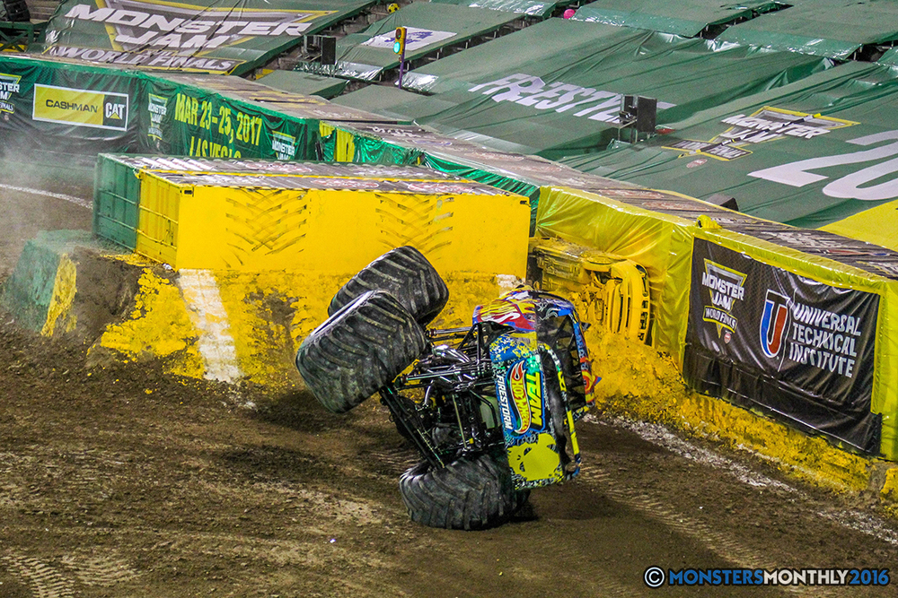 131-monster-jam-world-finals-17-march-2016-sam-boyd-stadium-las-vegas-monster-truck-racing-freestyle-gravedigger-maxd-monster-mutt-titan.jpg
