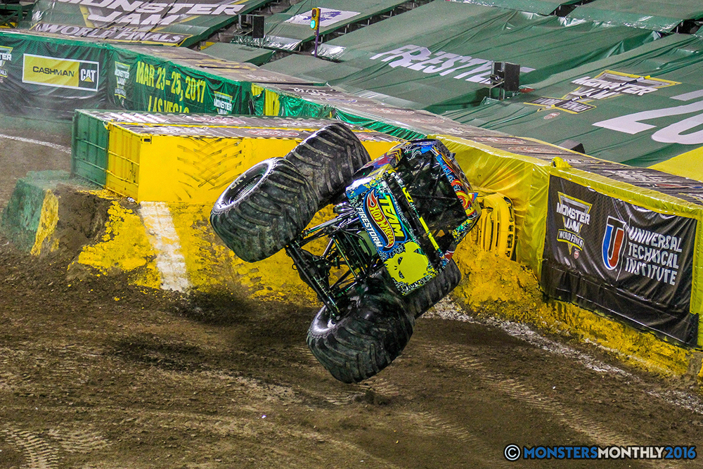 133-monster-jam-world-finals-17-march-2016-sam-boyd-stadium-las-vegas-monster-truck-racing-freestyle-gravedigger-maxd-monster-mutt-titan.jpg