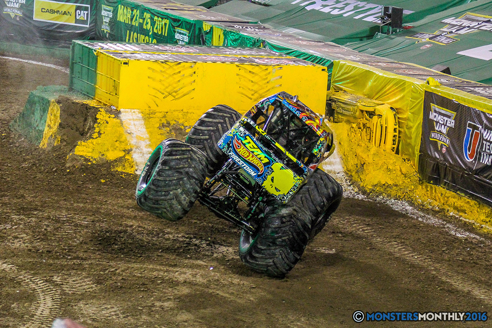 136-monster-jam-world-finals-17-march-2016-sam-boyd-stadium-las-vegas-monster-truck-racing-freestyle-gravedigger-maxd-monster-mutt-titan.jpg
