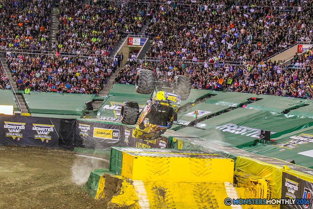 145-monster-jam-world-finals-17-march-2016-sam-boyd-stadium-las-vegas-monster-truck-racing-freestyle-gravedigger-maxd-monster-mutt-titan.jpg