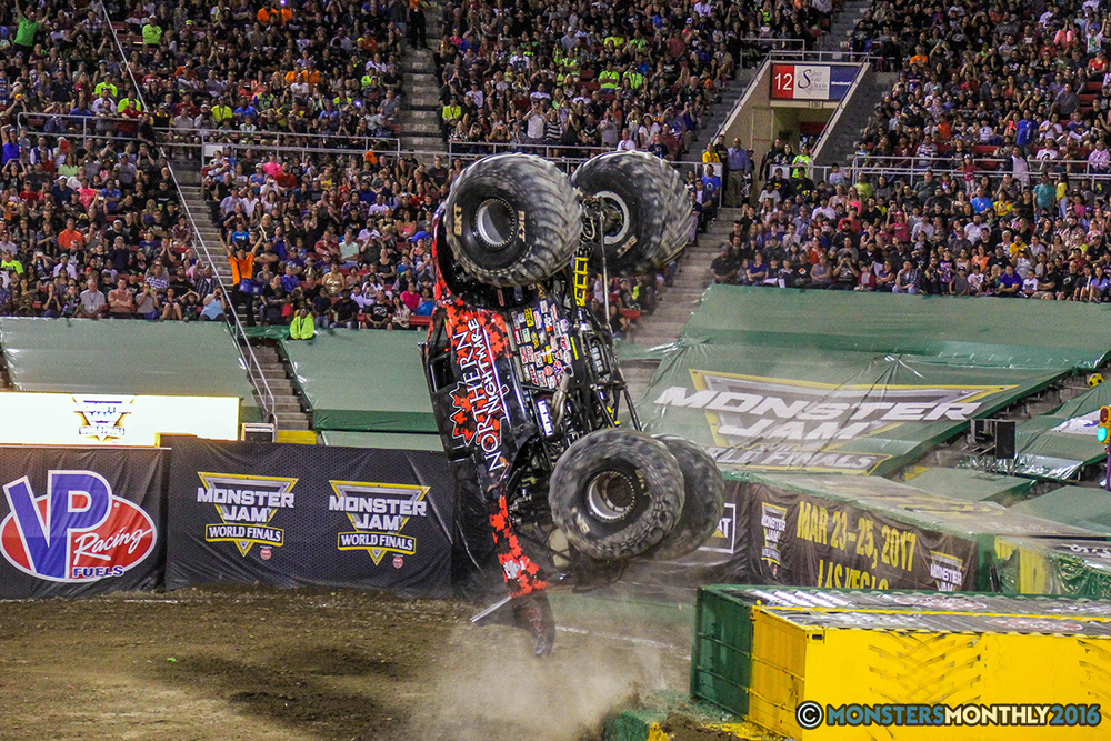 152-monster-jam-world-finals-17-march-2016-sam-boyd-stadium-las-vegas-monster-truck-racing-freestyle-gravedigger-maxd-monster-mutt-titan.jpg