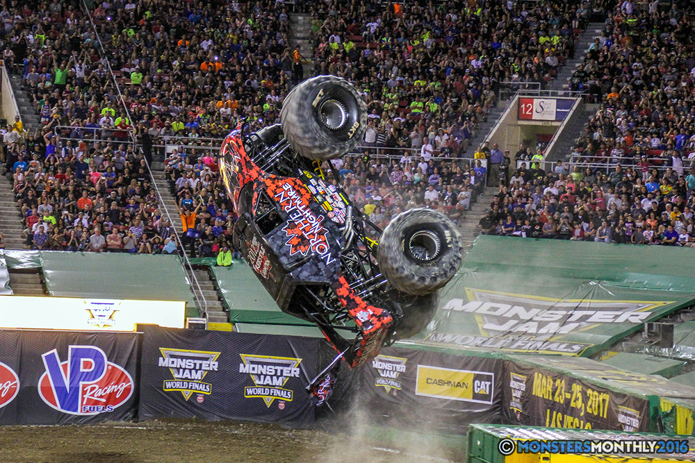 154-monster-jam-world-finals-17-march-2016-sam-boyd-stadium-las-vegas-monster-truck-racing-freestyle-gravedigger-maxd-monster-mutt-titan.jpg