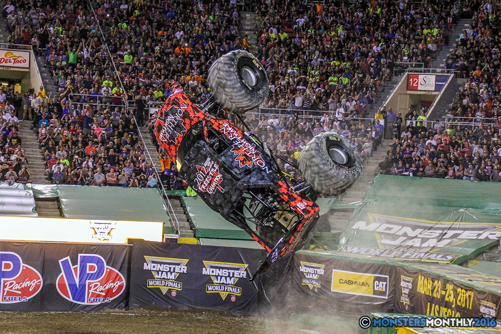 155-monster-jam-world-finals-17-march-2016-sam-boyd-stadium-las-vegas-monster-truck-racing-freestyle-gravedigger-maxd-monster-mutt-titan.jpg