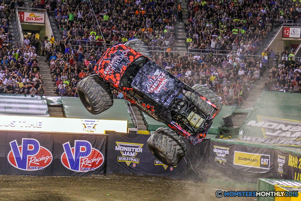 157-monster-jam-world-finals-17-march-2016-sam-boyd-stadium-las-vegas-monster-truck-racing-freestyle-gravedigger-maxd-monster-mutt-titan.jpg