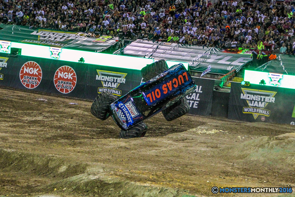 160-monster-jam-world-finals-17-march-2016-sam-boyd-stadium-las-vegas-monster-truck-racing-freestyle-gravedigger-maxd-monster-mutt-titan.jpg
