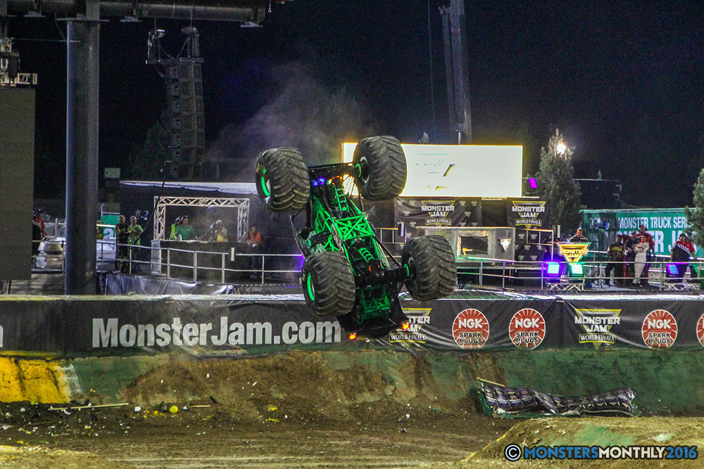 165-monster-jam-world-finals-17-march-2016-sam-boyd-stadium-las-vegas-monster-truck-racing-freestyle-gravedigger-maxd-monster-mutt-titan.jpg