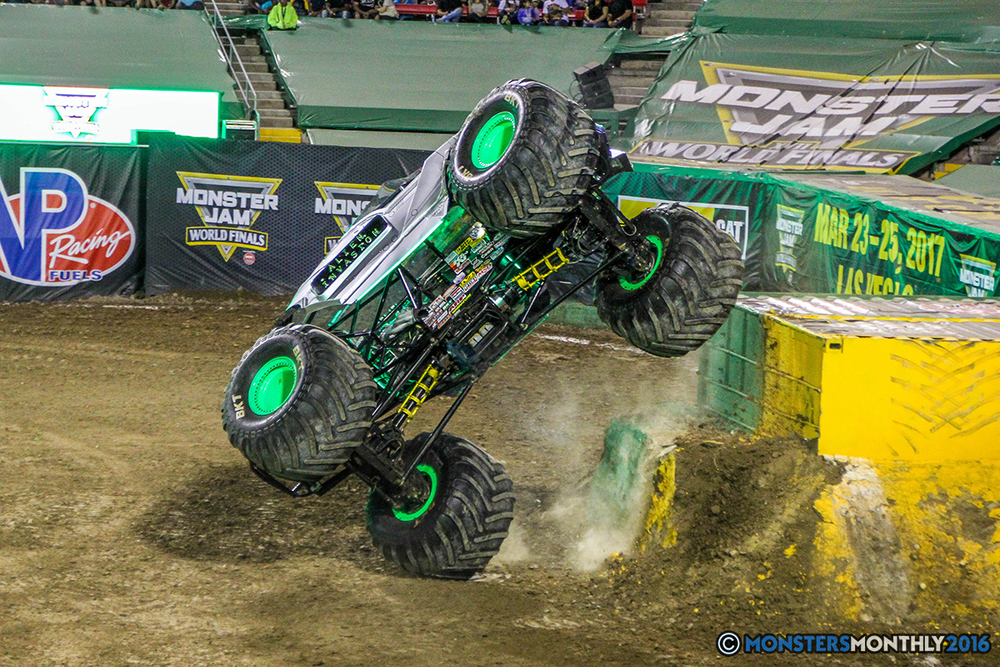 172-monster-jam-world-finals-17-march-2016-sam-boyd-stadium-las-vegas-monster-truck-racing-freestyle-gravedigger-maxd-monster-mutt-titan.jpg