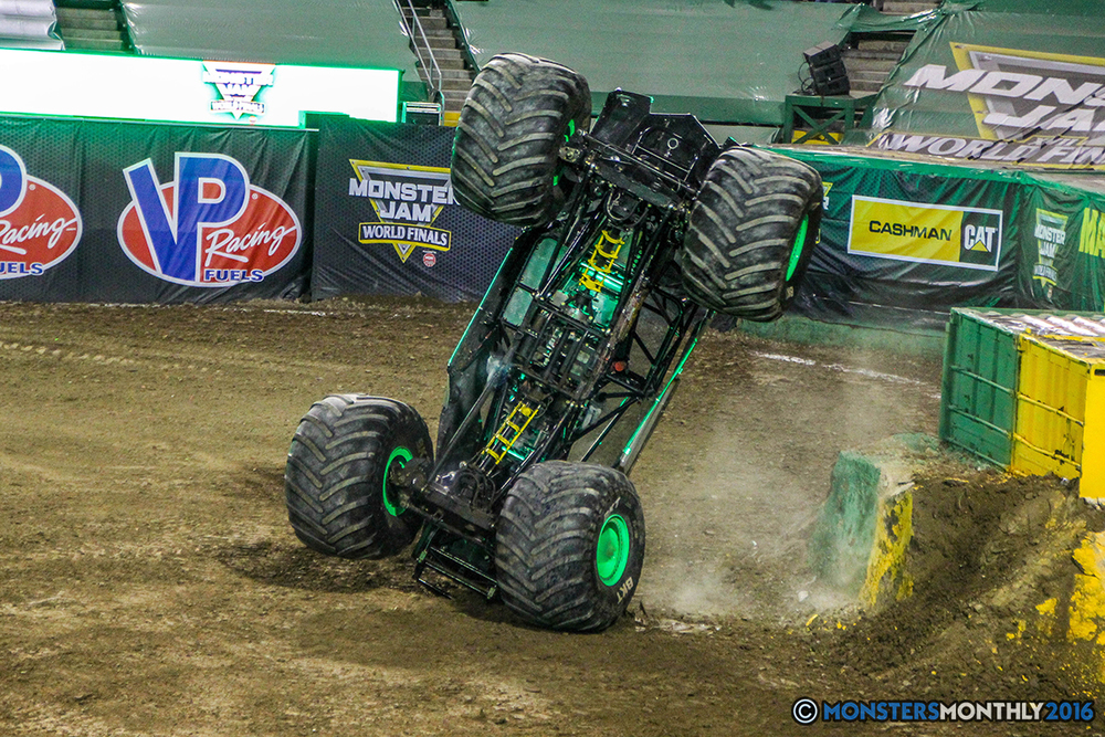 175-monster-jam-world-finals-17-march-2016-sam-boyd-stadium-las-vegas-monster-truck-racing-freestyle-gravedigger-maxd-monster-mutt-titan.jpg