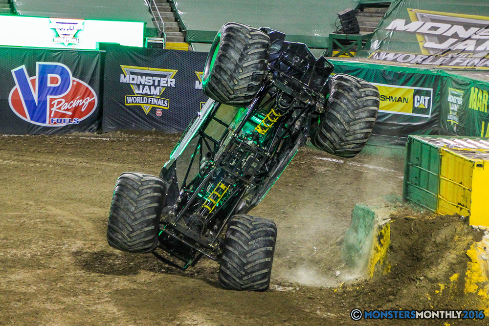 174-monster-jam-world-finals-17-march-2016-sam-boyd-stadium-las-vegas-monster-truck-racing-freestyle-gravedigger-maxd-monster-mutt-titan.jpg