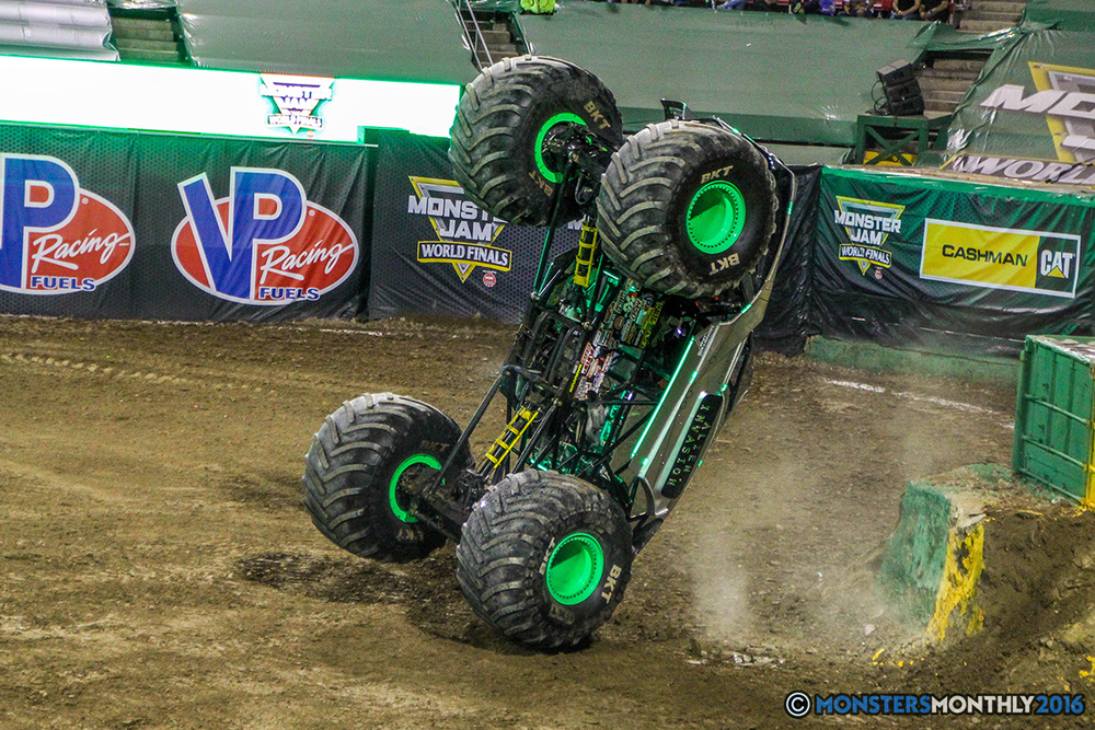 177-monster-jam-world-finals-17-march-2016-sam-boyd-stadium-las-vegas-monster-truck-racing-freestyle-gravedigger-maxd-monster-mutt-titan.jpg