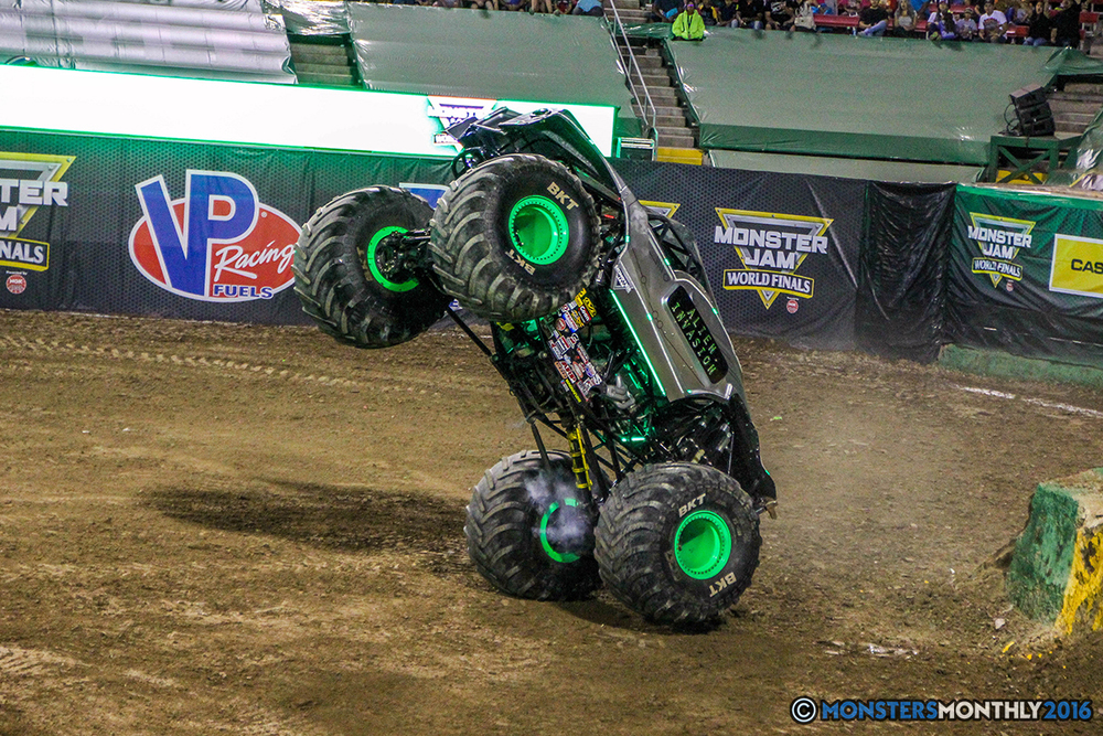 178-monster-jam-world-finals-17-march-2016-sam-boyd-stadium-las-vegas-monster-truck-racing-freestyle-gravedigger-maxd-monster-mutt-titan.jpg