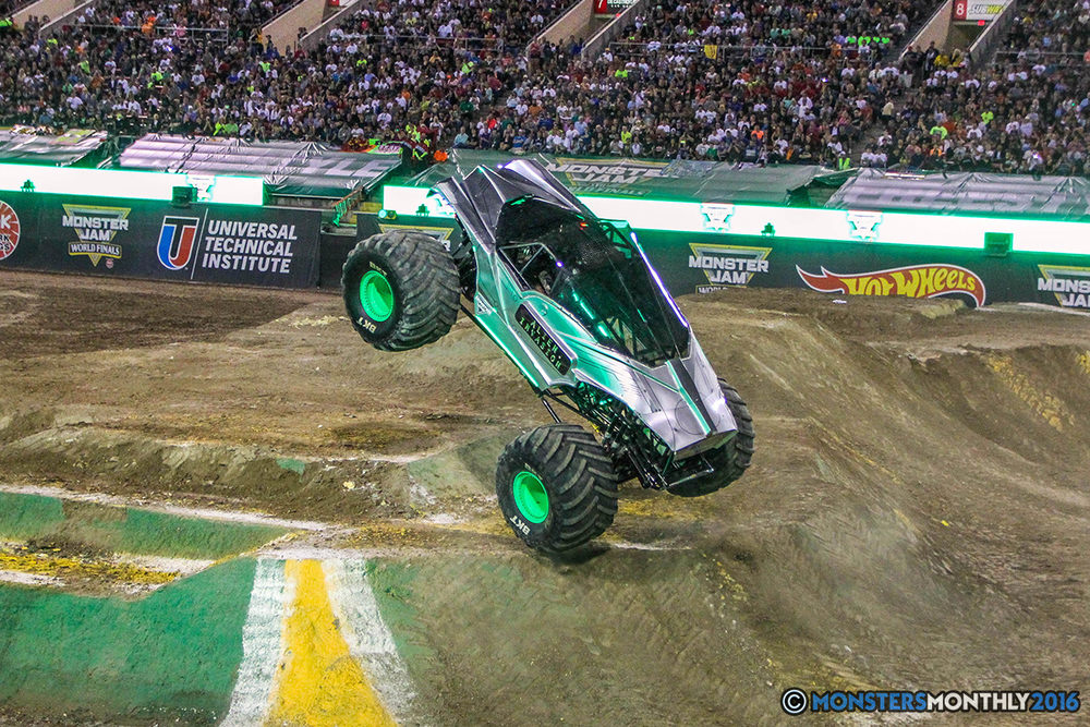 181-monster-jam-world-finals-17-march-2016-sam-boyd-stadium-las-vegas-monster-truck-racing-freestyle-gravedigger-maxd-monster-mutt-titan.jpg