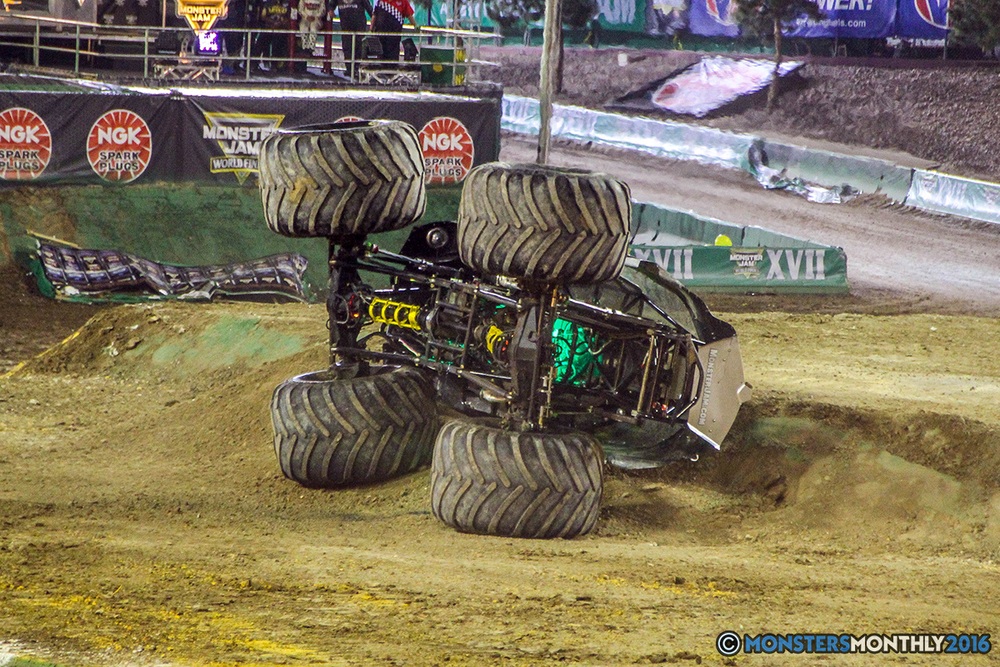 182-monster-jam-world-finals-17-march-2016-sam-boyd-stadium-las-vegas-monster-truck-racing-freestyle-gravedigger-maxd-monster-mutt-titan.jpg