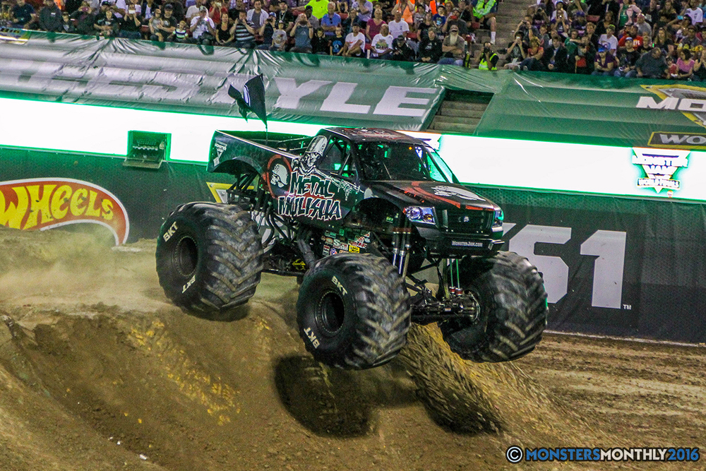 191-monster-jam-world-finals-17-march-2016-sam-boyd-stadium-las-vegas-monster-truck-racing-freestyle-gravedigger-maxd-monster-mutt-titan.jpg