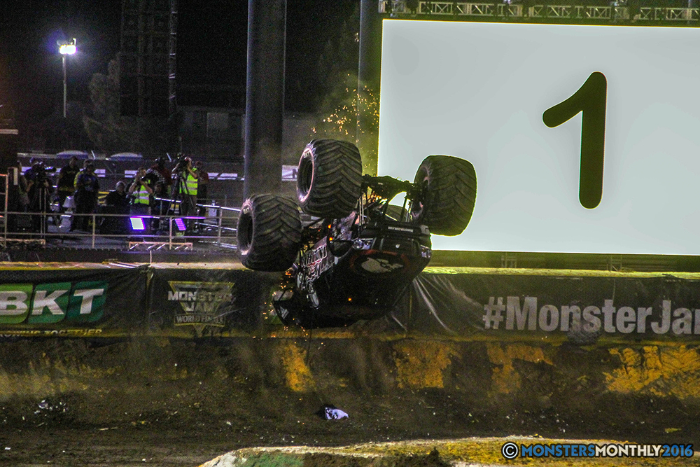 205-monster-jam-world-finals-17-march-2016-sam-boyd-stadium-las-vegas-monster-truck-racing-freestyle-gravedigger-maxd-monster-mutt-titan.jpg