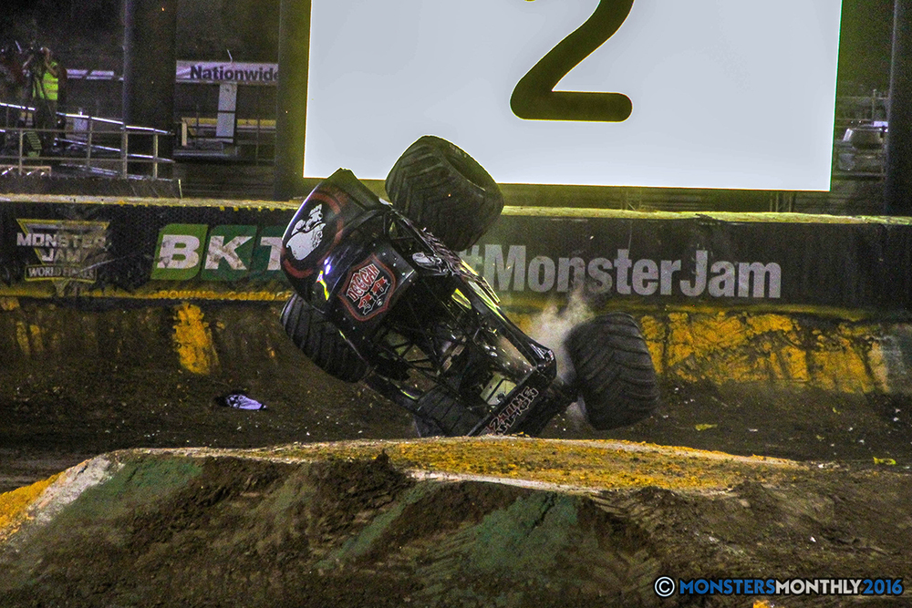 211-monster-jam-world-finals-17-march-2016-sam-boyd-stadium-las-vegas-monster-truck-racing-freestyle-gravedigger-maxd-monster-mutt-titan.jpg