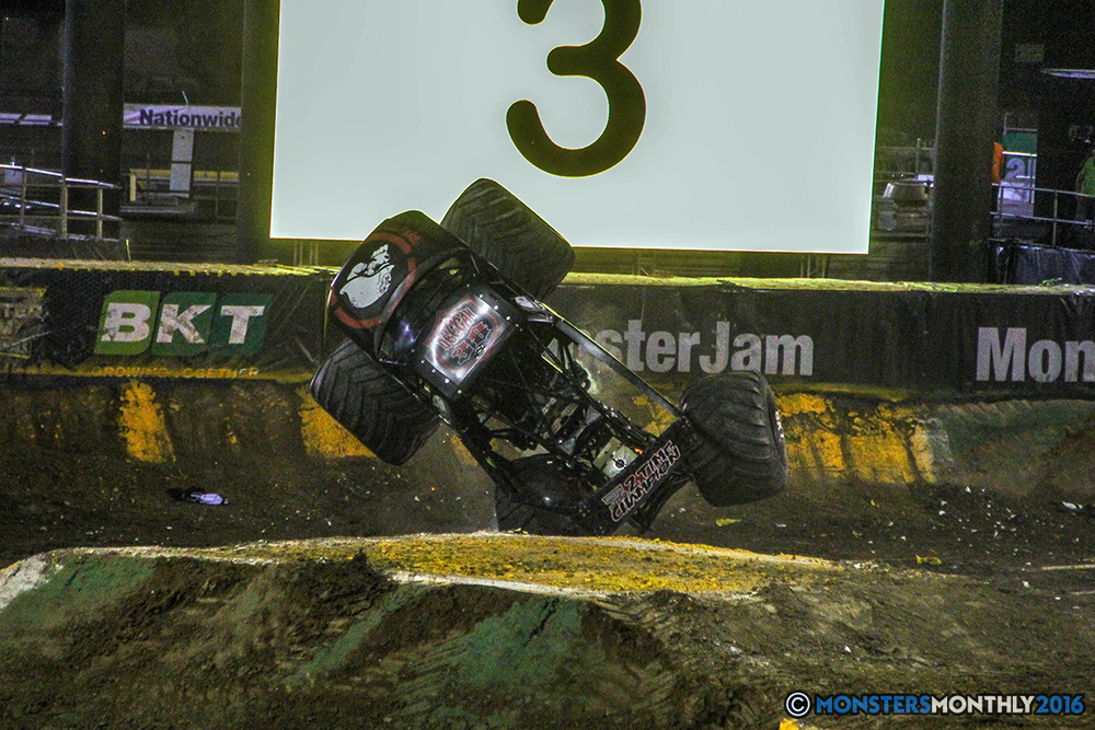 213-monster-jam-world-finals-17-march-2016-sam-boyd-stadium-las-vegas-monster-truck-racing-freestyle-gravedigger-maxd-monster-mutt-titan.jpg