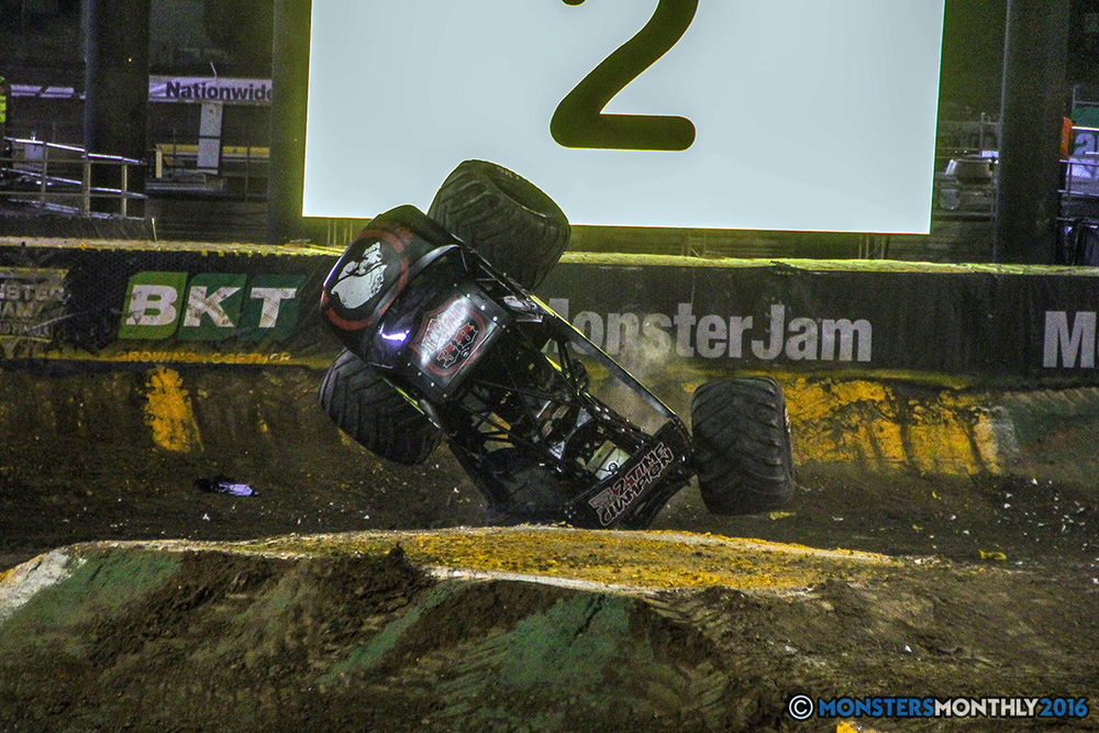 212-monster-jam-world-finals-17-march-2016-sam-boyd-stadium-las-vegas-monster-truck-racing-freestyle-gravedigger-maxd-monster-mutt-titan.jpg