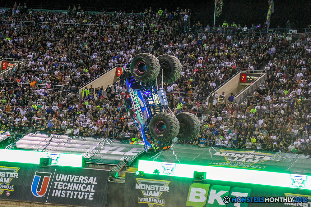 226-monster-jam-world-finals-17-march-2016-sam-boyd-stadium-las-vegas-monster-truck-racing-freestyle-gravedigger-maxd-monster-mutt-titan.jpg