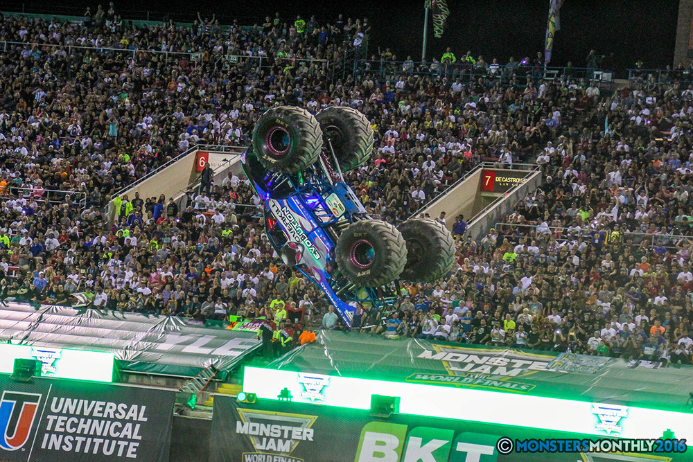 228-monster-jam-world-finals-17-march-2016-sam-boyd-stadium-las-vegas-monster-truck-racing-freestyle-gravedigger-maxd-monster-mutt-titan.jpg