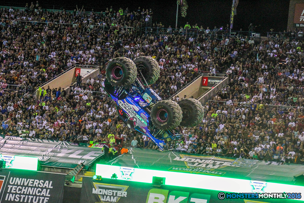 229-monster-jam-world-finals-17-march-2016-sam-boyd-stadium-las-vegas-monster-truck-racing-freestyle-gravedigger-maxd-monster-mutt-titan.jpg