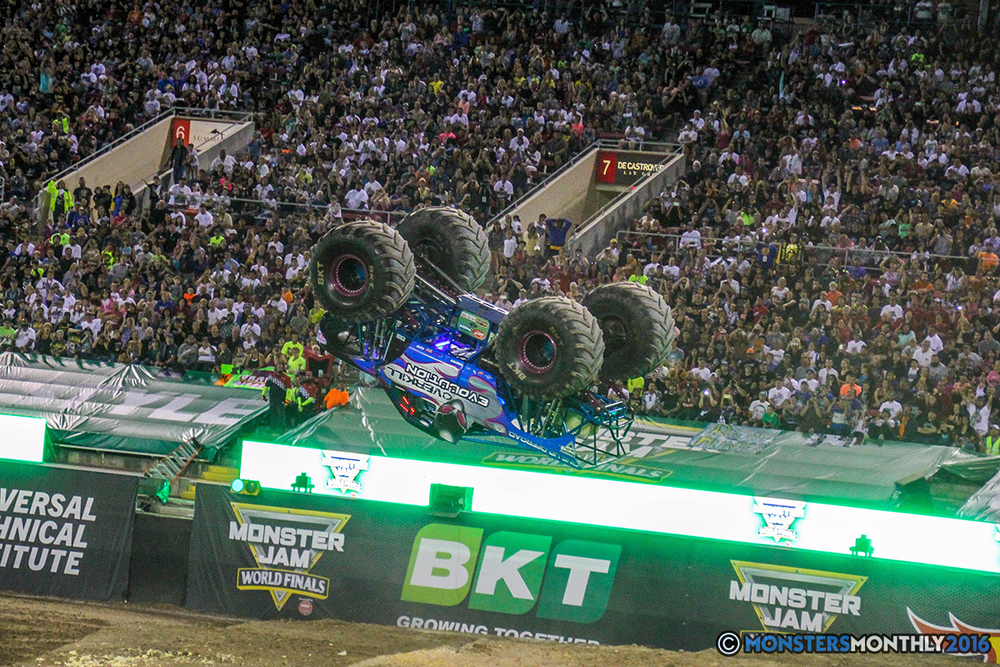 231-monster-jam-world-finals-17-march-2016-sam-boyd-stadium-las-vegas-monster-truck-racing-freestyle-gravedigger-maxd-monster-mutt-titan.jpg