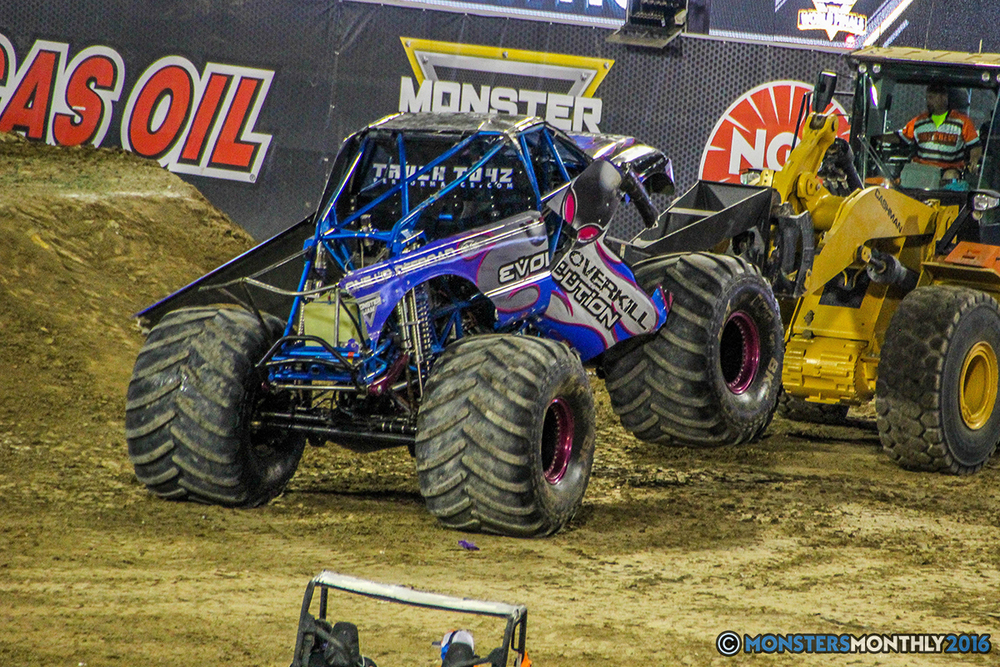 236-monster-jam-world-finals-17-march-2016-sam-boyd-stadium-las-vegas-monster-truck-racing-freestyle-gravedigger-maxd-monster-mutt-titan.jpg