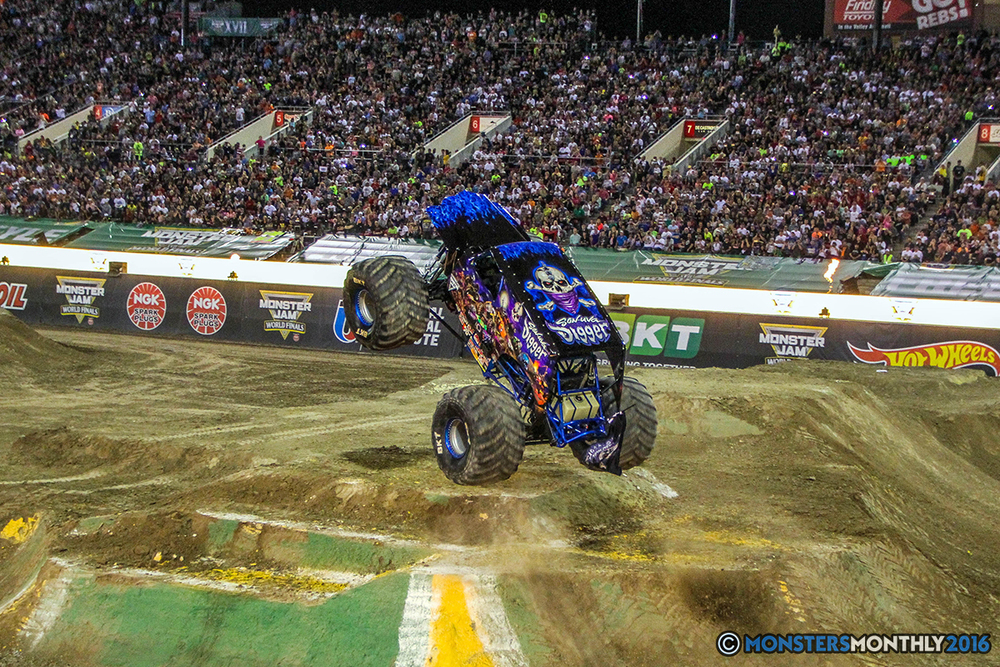 238-monster-jam-world-finals-17-march-2016-sam-boyd-stadium-las-vegas-monster-truck-racing-freestyle-gravedigger-maxd-monster-mutt-titan.jpg