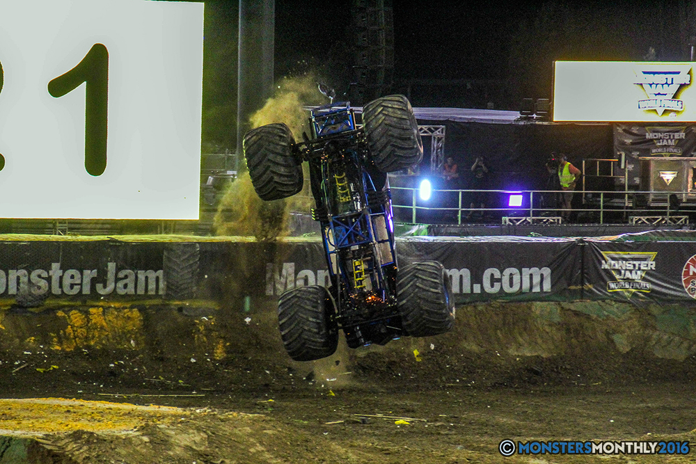 240-monster-jam-world-finals-17-march-2016-sam-boyd-stadium-las-vegas-monster-truck-racing-freestyle-gravedigger-maxd-monster-mutt-titan.jpg