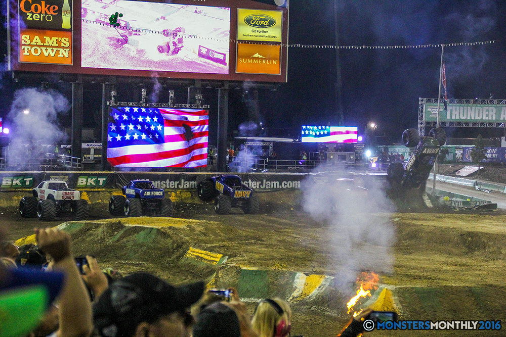 249-monster-jam-world-finals-17-march-2016-sam-boyd-stadium-las-vegas-monster-truck-racing-freestyle-gravedigger-maxd-monster-mutt-titan.jpg