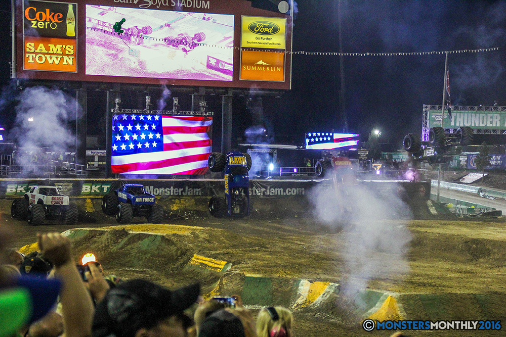 251-monster-jam-world-finals-17-march-2016-sam-boyd-stadium-las-vegas-monster-truck-racing-freestyle-gravedigger-maxd-monster-mutt-titan.jpg